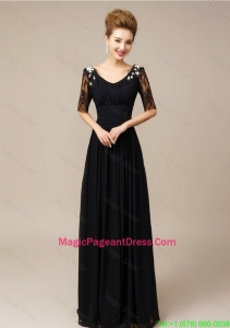 Gorgeous Half Sleeves Laced Black Pageant Dresses with V Neck