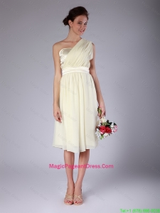 Pretty Knee Length One Shoulder Pageant Gowns in Light Yellow