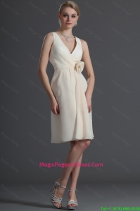 Luxurious V Neck Short Hand Made Flower Pageant Dresses in Champagne