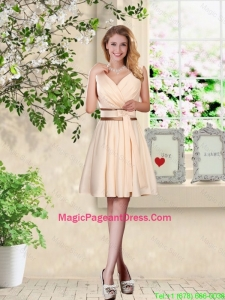 Elegant Short V Neck and Bowknot Pageant Dresses in Champagne