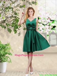Wonderful V Neck Bowknot Hunter Green Pageant Dresses with Knee Length