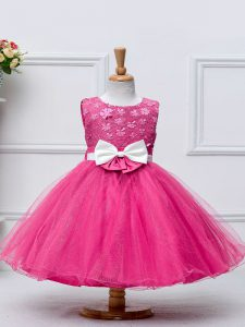 Sleeveless Knee Length Lace and Bowknot Zipper Little Girl Pageant Dress with Hot Pink