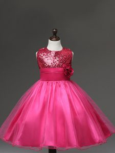 Scoop Sleeveless Little Girls Pageant Gowns Knee Length Sequins and Hand Made Flower Hot Pink Tulle