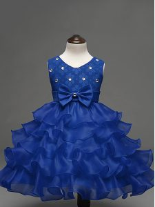 Knee Length Zipper Little Girls Pageant Dress Wholesale Royal Blue for Wedding Party with Lace and Ruffled Layers and Bowknot
