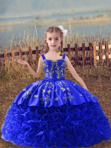 Royal Blue Fabric With Rolling Flowers Lace Up Straps Sleeveless Pageant Gowns For Girls Sweep Train Embroidery