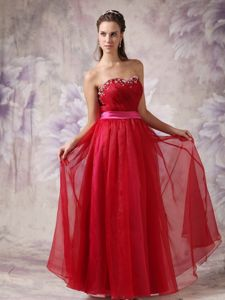 Sweet Red Sweetheart Beaded Dresses for Pageants with Sash in Germany