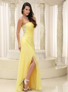 Light Yellow Floor-Length Strapless Ruched Pageant Dress with Appliques and Slit