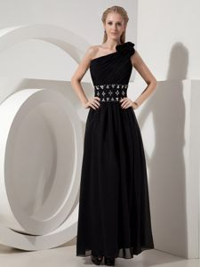 Black One-Shoulder Ankle-Length Pageant Dress with Flowers and Appliqued Waist