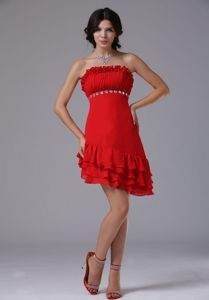 Flounced Red Asymmetrical Strapless Short Ruched Pageant Dress with Beading
