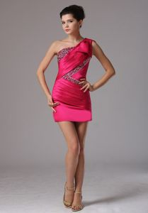 Fuchsia Short-Length One-Shoulder Ruched Beaded Pageant Dress with Big Bowknot