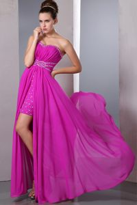 Fuchsia Strapless Floor-Length Ruched Beaded Girl Pageant Dresses with High Slit