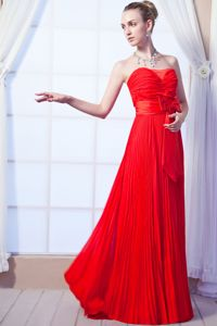 Pretty Red Ruched Strapless Pleated Long Youth Pageant Dresses with Bow