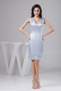 Elegant V-neck Silver Knee-length Glitz Pageant Dress with Beading in Alloa