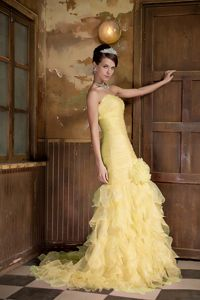 2013 Mermaid Strapless Yellow Brush Pageant Dresses with Ruffles in Cupar