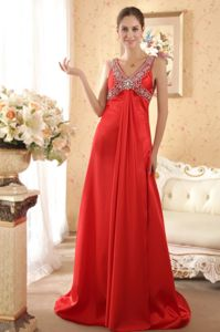 Red V-neck Beaded Pageant Dresses with Brush Train for Girls in Fairfield