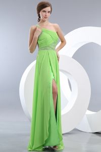 Empire Light Green One Shoulder Brush Train Chiffon Pageant Dresses in Beading in Salem
