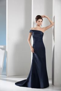 Asymmetrical Shoulder Sweep Train Pageant Dresses in Navy Blue form Easton