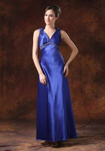 Beading Decorated Waist Halter V-neck Column Pageant Dresses For Girls with Ruches