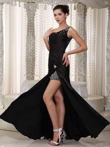 High Slit Black One Shoulder Floor-length Ruched Miss Universe Pageant Dress with Beads