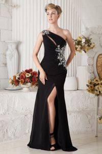 One Shoulder Beaded Chiffon Pageant Dress with Brush Train in Black