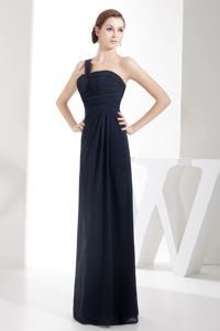 One Shoulder Navy Blue Chiffon Beauty Pageant Dresses with Ruches
