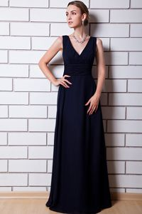 V-neck Chiffon Ruched Floor-length Glitz Pageant Dress in Black in Texas