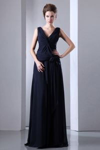 V-neck Ruched Floor-length Chiffon Pageant Dress in Navy Blue in Texas