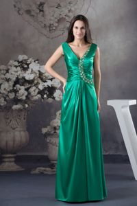 V-neck Beading Green Youth Pageant Dresses with Wide Straps on Sale