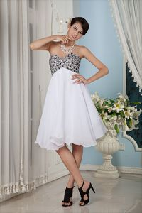 Knee-length White Sweetheart Chiffon Interview Pageant Suits on Sale