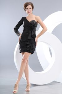 Black Mini One Shoulder and Long Sleeve Beading Pageant Dresses