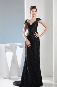 Black Lace V-neck with Cap Sleeves Pageant Dress Decorated Beading