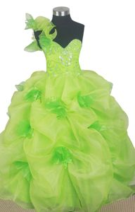Beaded Ball Gown One Shoulder Little Girls Pageant Dresses in Floor-length from San Carlos