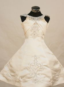 Princess Scoop Neckline with Ivory Embroidered Little Girls Pageant Dresses in Satin in Joliet