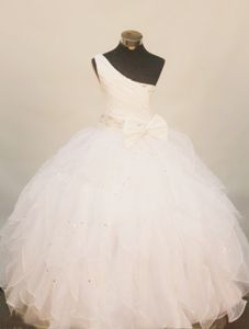 One Shoulder Ruffled Skirt Bowknot White Little Girl Pageant Gown