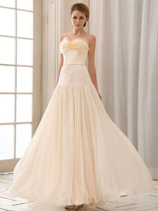 Flounced Sweetheart Champagne Floor-Length Beaded Pageant Dress in Kitchener