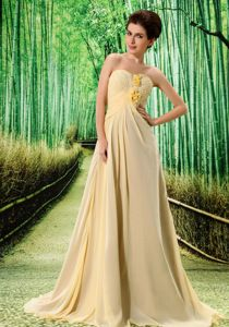 Manhattan Light Yellow Chiffon Youth Pageant Dresses with Flower and Ruches