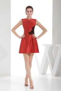 Wonderful Red Bateau Column Pageant Dresses with Appliques in Wayne