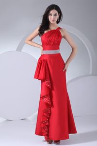 One Shoulder Beaded Modern Pageant Dresses with Beautiful Ruffles and Belt