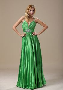 2013 V-neck Pleated Modern Pageant Dresses with Shining Rhinestone on Sale