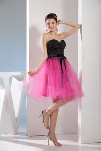Popular Sweetheart Short Pageant Girl Dresses with Sash in Black and Pink