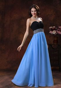 Black and Blue Sweetheart Long Pageant Girl Dresses with Beaded Waist