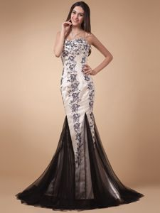 Appliqued Mermaid Long Miss Universe Pageant Dress in White and Black