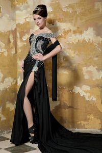 Black Beaded One-Shoulder Court Train Pageant Dress for Miss World with Slit