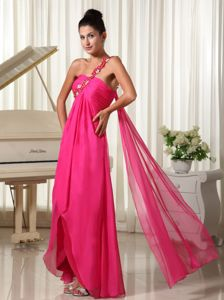 Appliqued Hot Pink High-low Glitz Pageant Dresses with Watteau Train