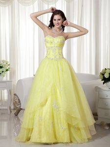 Yellow Sweetheart Floor-length Beauty Pageant Dresses with Beading
