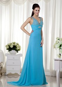 V-neck Brush Train Chiffon Pageant Dresses with Beading in Baby Blue